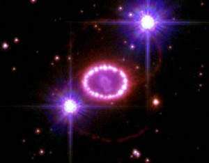 Supernova hst_sn_1987a_20th_anniversary (Bild NASA)